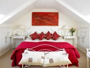Modishness Personified- Red And White Bedrooms!