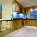 Fitted Kitchen eith Breakfast Bar